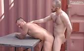 Kevin fait du sexe anal avec Felix