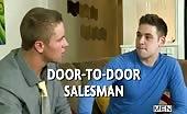 Sodomie avec le vendeur de porte à porte