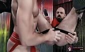 Un fan de masturbation se prend un gode dans le cul